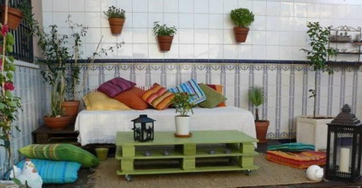 Como decorar una terraza con encanto hoy lowcost for Ideas para decorar la casa reciclando