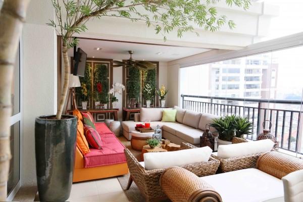 Como decorar una terraza con encanto hoy lowcost - Decorar porche pequeno ...