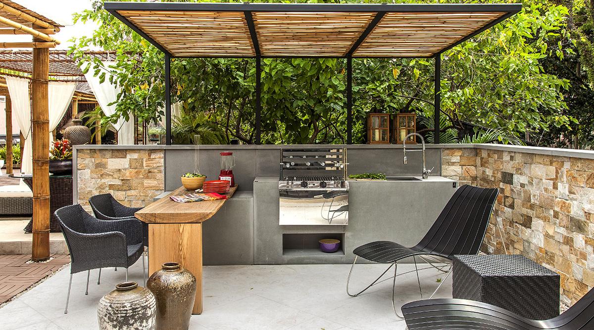 Foto terraza con barbacoa y fregadero de maribel mart nez for Fregaderos para jardin