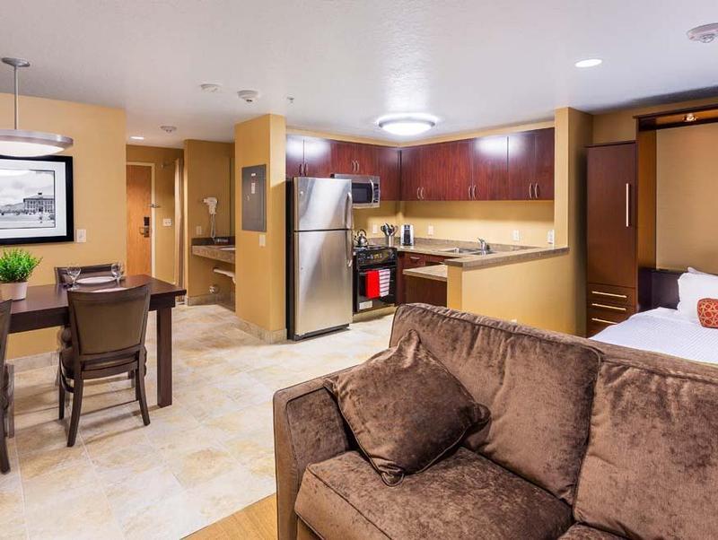 cocinas integradas pisos pequeños