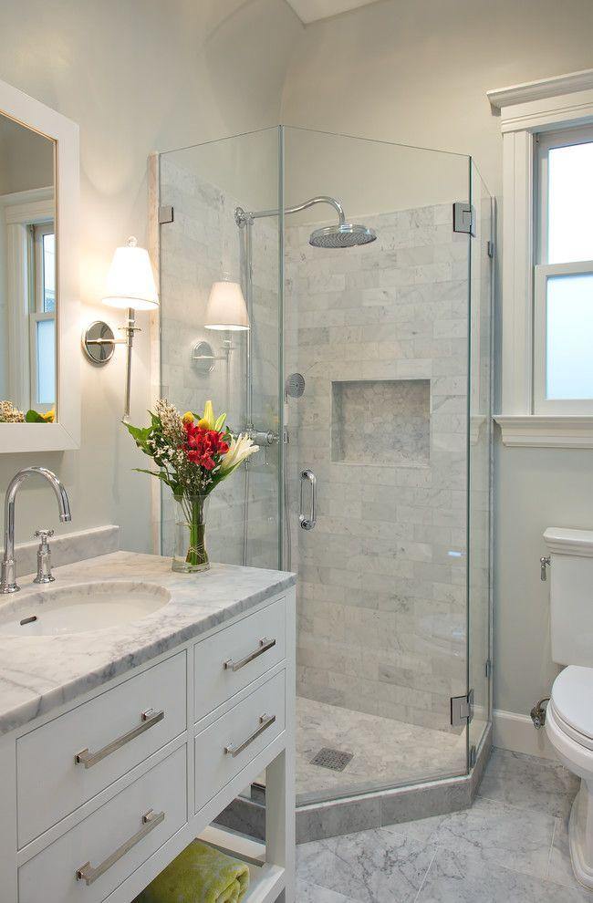 baños con ducha de marmol