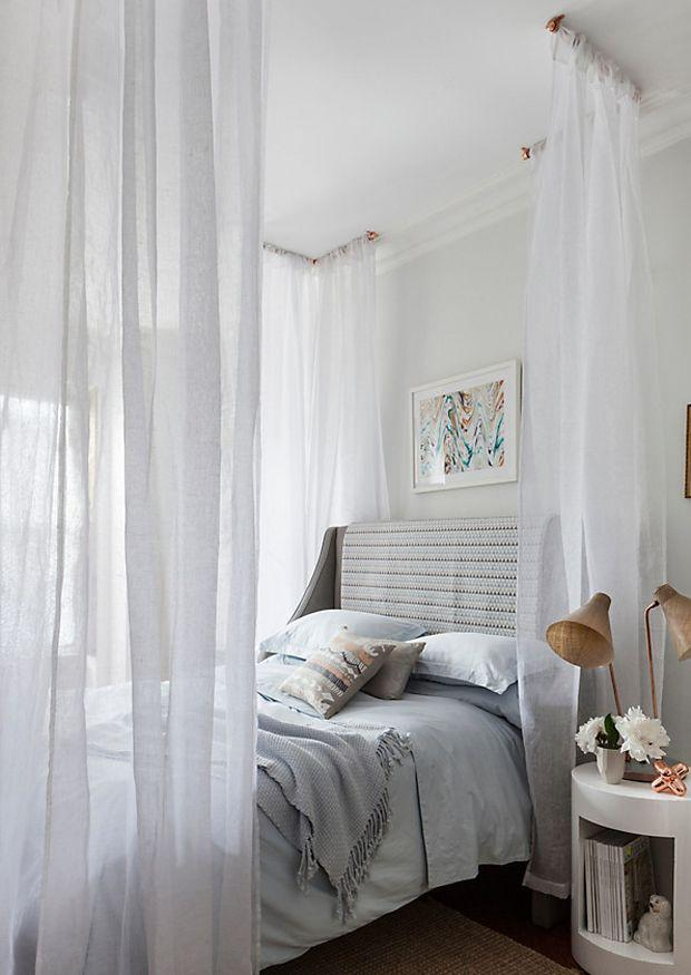 debemos tener en cuenta donde lo vamos a encajar en el techo en la pared o en la propia cama todo depende del estilo de decoracin que hayamos elegido