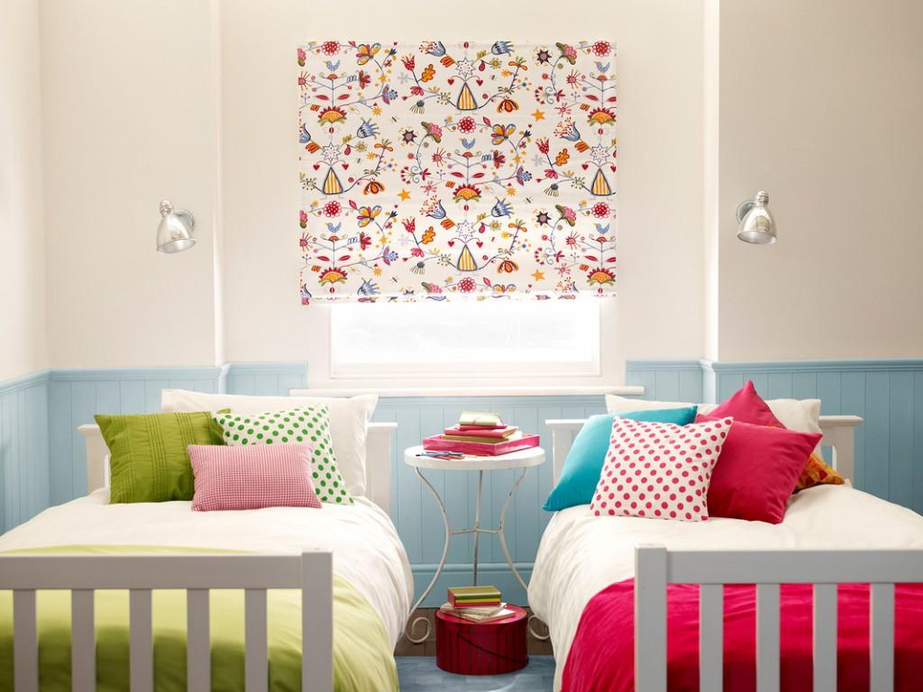 Elige tus estores y cortinas infantiles 2018 hoy lowcost for Cortinas dormitorio baratas
