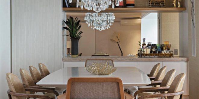 Mesa de comedor blanca con sillas modernas hoy lowcost for Sillas comedor blancas modernas