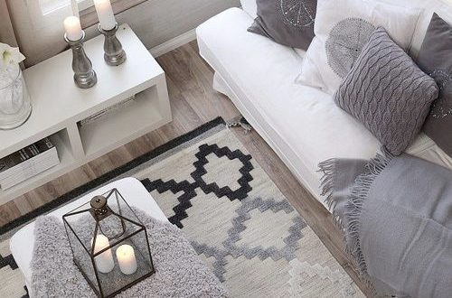 Sofa blanco y gris hoy lowcost for Sofa gris y blanco