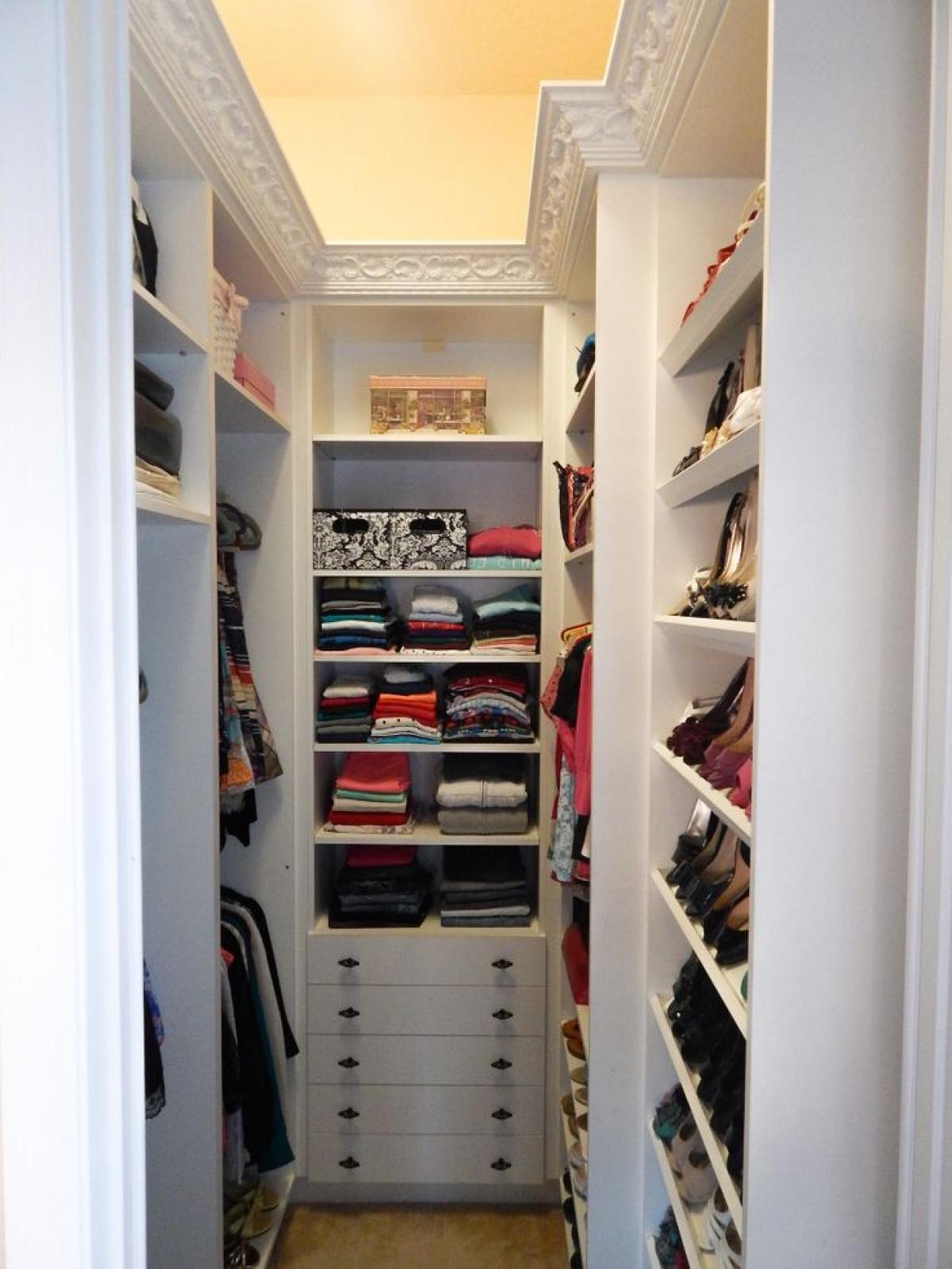 vestidor sin puertas